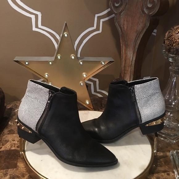 e39959ff31b37 Circus Sam Edelman HOLT Spike Studded Ankle Boots.  M 5abd6839f9e50195570fb4ad